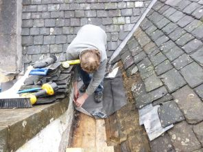 Dave working on leadwork - 27062013