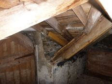 Stable roof - internal - 4 - 08093013