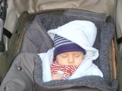 Caleb sleeping - 24112013