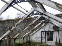 Greenhouse demolition 32 - 14122013