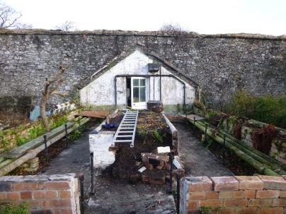 Greenhouse demolition 36 - 15122013