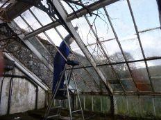 Greenhouse demolition 6 - 13122013