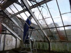 Greenhouse demolition 6 - 13122013