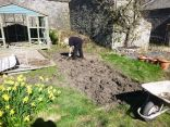 Digging by summerhouse - 19042014