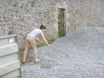 Vonn spreading gravel 2- 17052014