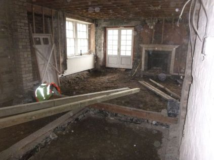 Kitchen floor excavations - 28022015