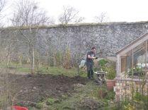 Digging teh back corner - 20042015