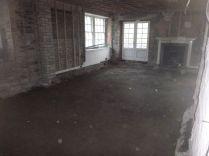 Kitchen floor - level - 04042015