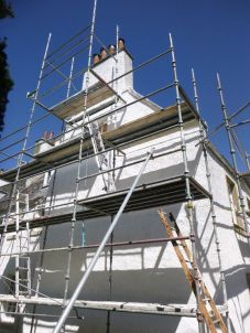 Limewashing gable - 23052015