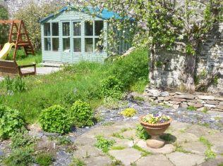 Stone circle & summer house - 30052015