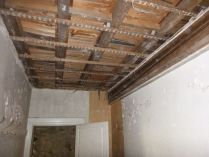 Cloakroom ceiling down - 27062015