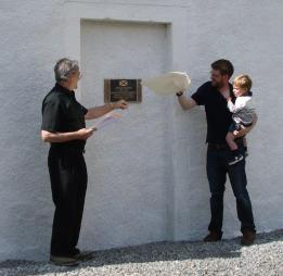 Unveiling the Plaque - 24072015 - CG