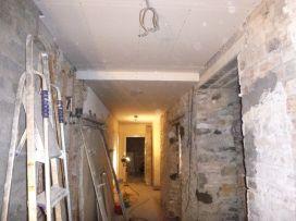 Corridor ceiling - 23102015