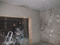 plastering - drwaing room above doors - 19112015