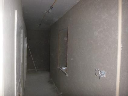 plastering in corridor 3 - 1912015