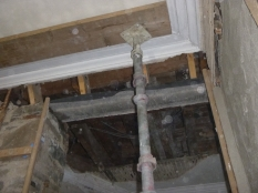 replacing beam at top ofstairs - 19112015