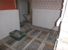 Floors in BR3 en suite - 14022016