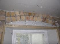 Mesh around window - upstairs corridor - 21032016