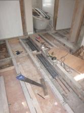 Bathroom beams 1 - 14072016