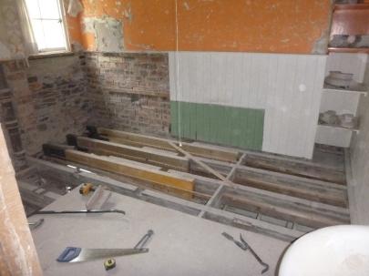 Bathroom beams - 13072016