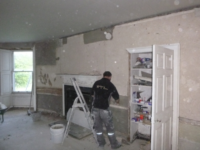 Lime plastering 8 - round room - 13072016