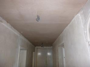 PLastering - upstairs corridor - 02082016 - July