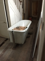 Plumbing - bath in hall - 04032017