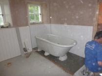 Bathroom - bath in place - 29052017