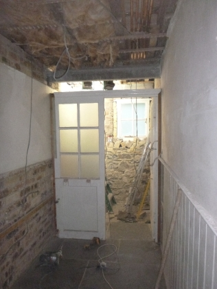 Cloakroom - doorway fixed - 13052017