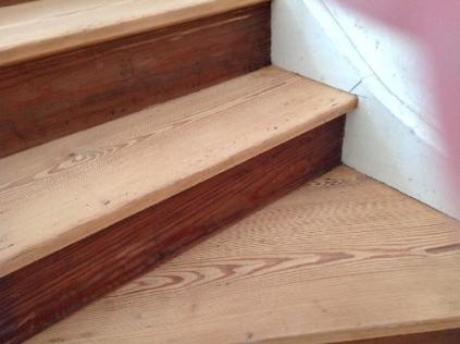Floor sanding - top stairs 1 - 31052017 - SH