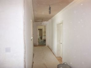 Decorating upstairs corridor 2 - 02072017