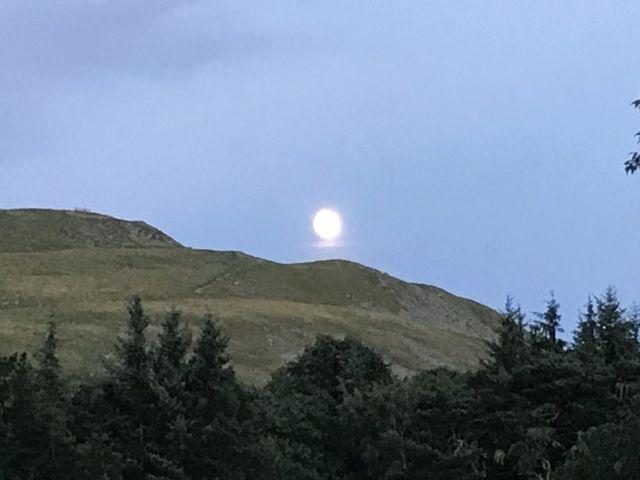 Moon - 05082017