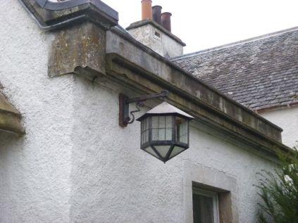 Porch - outside light 2 - 18092017