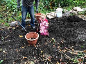 Emilia in garden 1 - 14102018