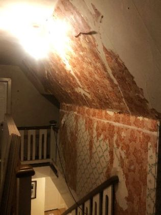 Top floor - Wallpaper removal - 12102018
