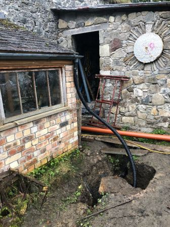 Potting Shed 6 - guttering - 13102019